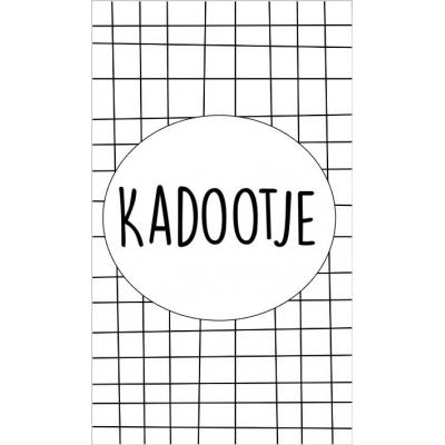 26.Kaartje met tekst ''Kadootje'' 5 bij 8.5 cm.
