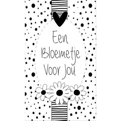 88.Klein bedank kaartje met tekst ''Een bloemetje voor jou'' 5 bij 8.5 cm.