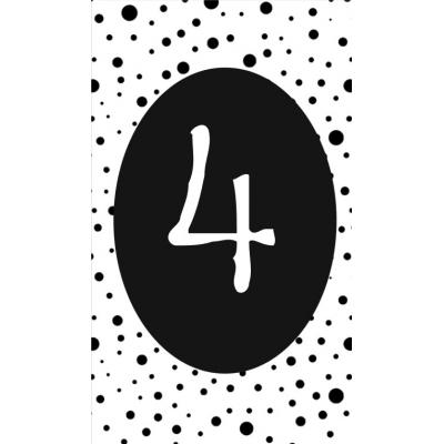 5.klein kaartje met cijfer 4.