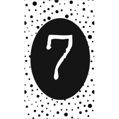 8.klein kaartje met cijfer 7.