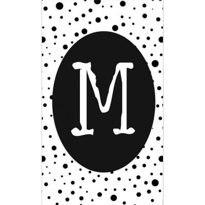 23.klein kaartje met letter M.