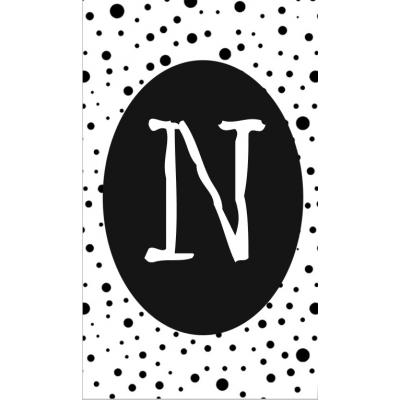 24.klein kaartje met letter N.